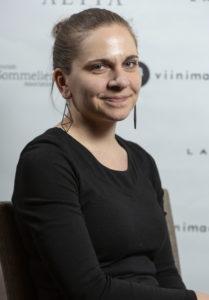 Suomen Sommelierit ry:n puheenjohtaja Heidi Mäkinen